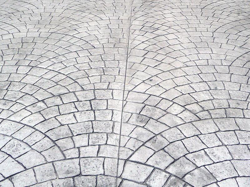 Effetti geometrici in cemento stampato