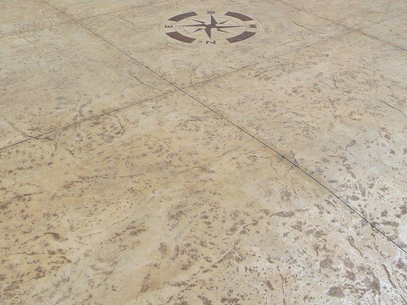 Particolare di pavimentazione in cemento stampato