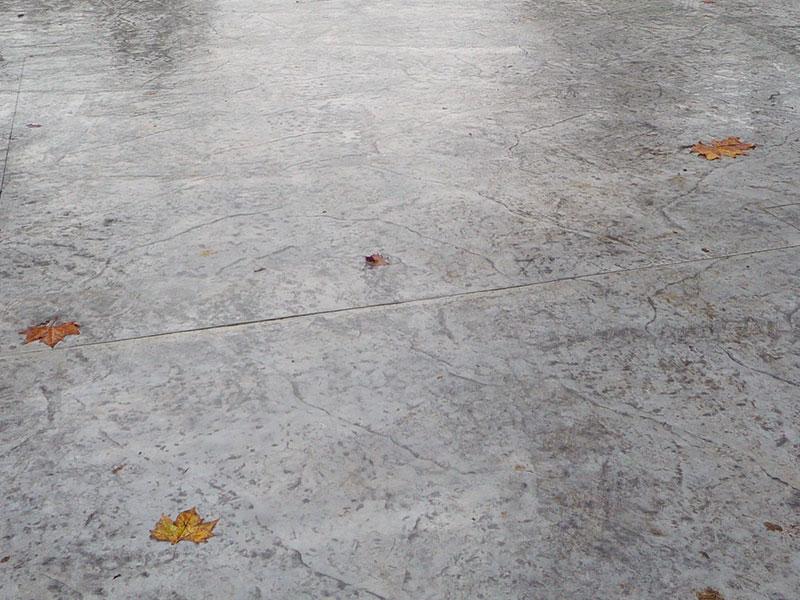 Pavimentazione esterna in cemento stampato